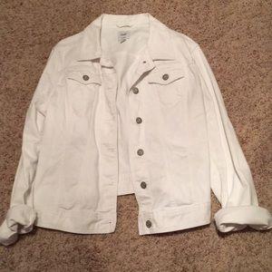 NWOT Gap white Jean jacket